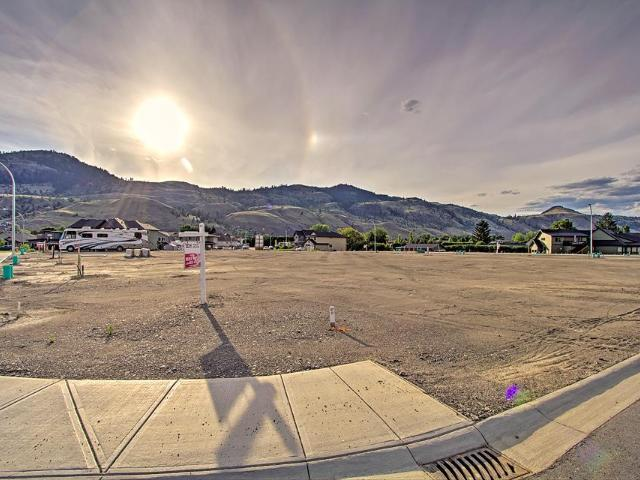 2734 Beachmount Cres, Kamloops, MLS® # 149456