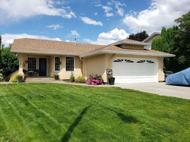 Single Family Bungalow for Sale, MLS® # 151840