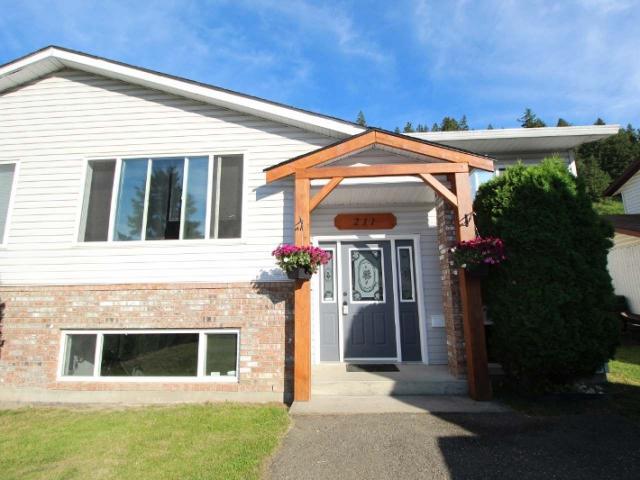 2 Storey Half Duplex for Sale, MLS® # 152203