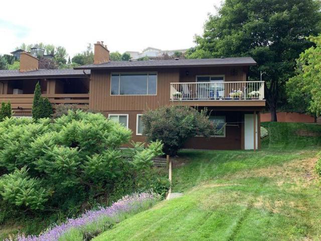 Rancher Style Half Duplex for Sale, MLS® # 152317