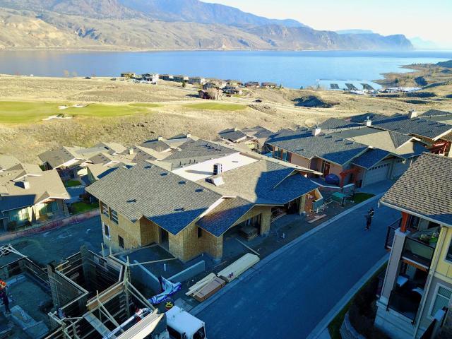 Rancher Style Half Duplex for Sale, MLS® # 152882