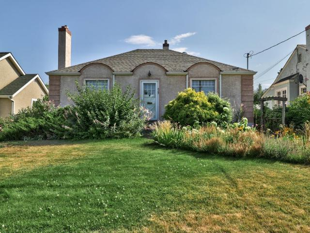 Single Family Bungalow for Sale, MLS® # 152893