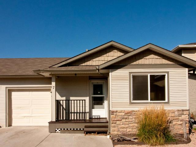 Rancher Style Townhouse for Sale, MLS® # 153063