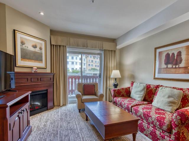 Apartment Style Condo for Sale, MLS® # 153350