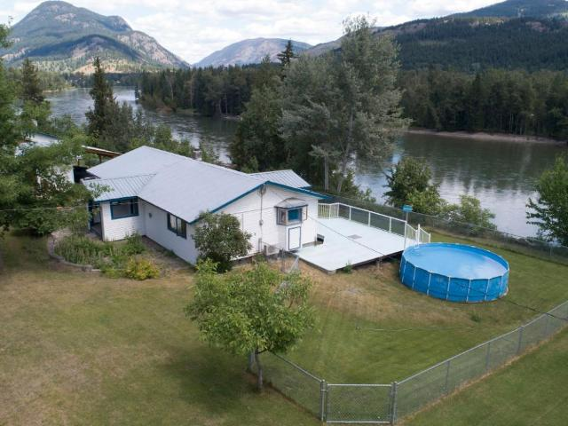 Real Estate Listing MLS 153664