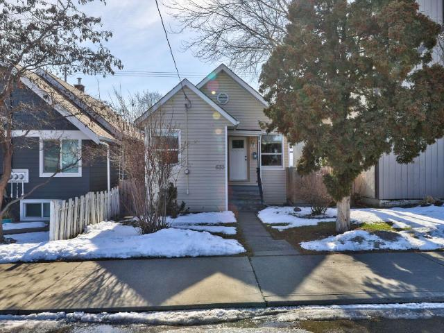 Single Family Bungalow for Sale, MLS® # 155527