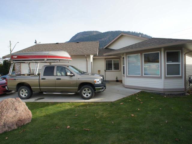 Rancher Style Half Duplex for Sale, MLS® # 155563