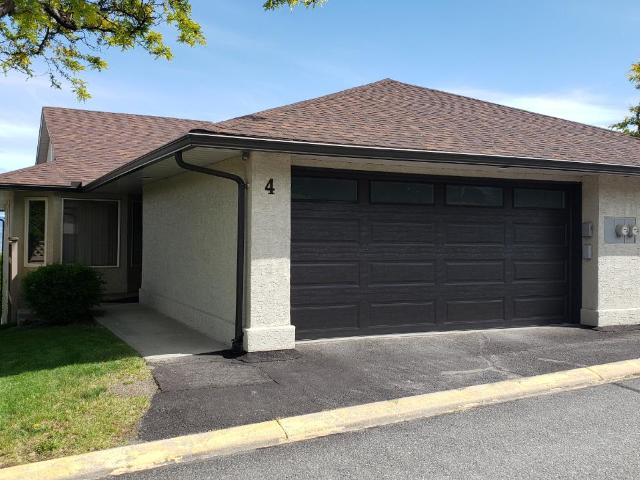 Townhouse Bungalow for Sale, MLS® # 156043