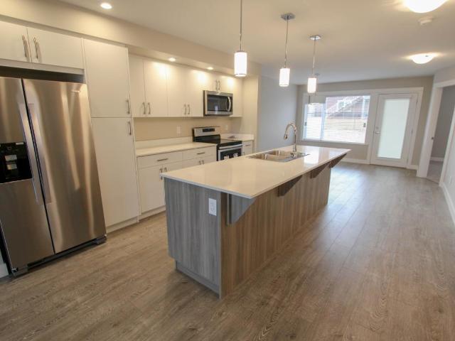 Basement Entry Single Family Home for Sale, MLS® # 156494