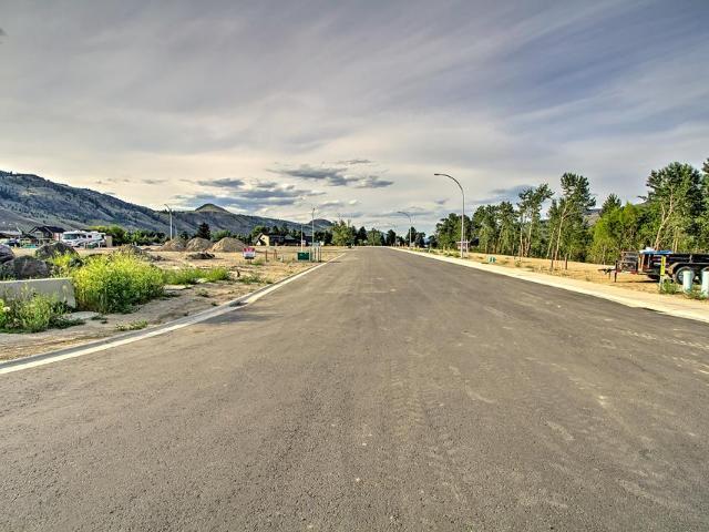 2742 Beachmount Cres, Kamloops, MLS® # 159240