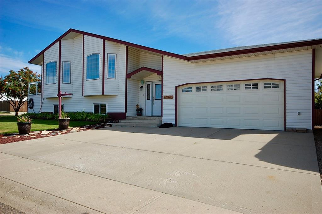 Real Estate Listing MLS A1030542
