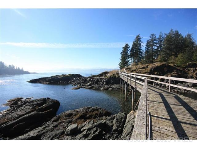 800 Summer Run Pl, Quadra Island, MLS® # 455839