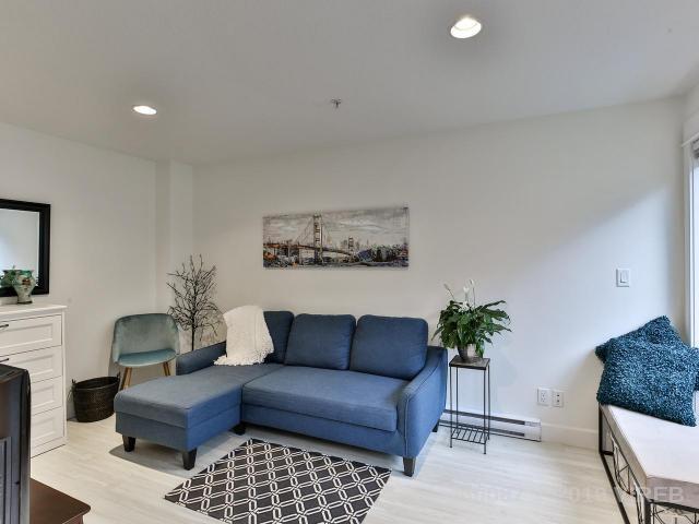 Real Estate Listing MLS 460087