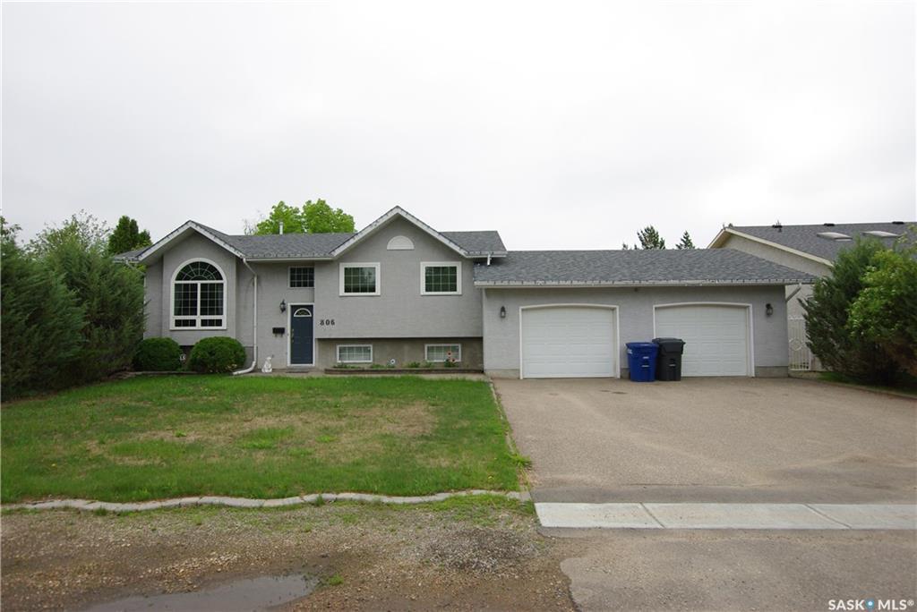 Real Estate Listing MLS SK757494