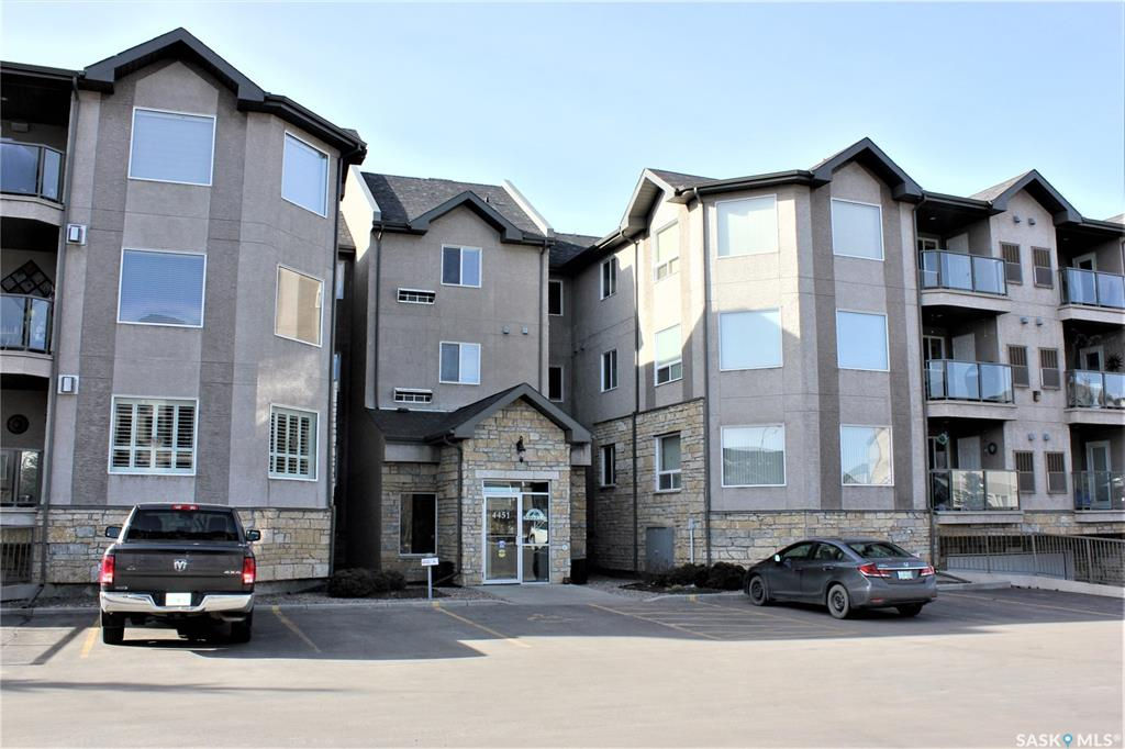 Real Estate Listing MLS SK760500