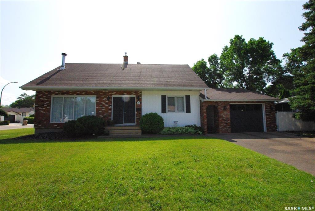 Real Estate Listing MLS SK762439