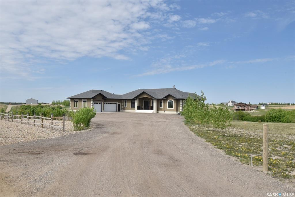 Real Estate Listing MLS SK770684