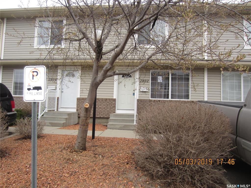 Real Estate Listing MLS SK772712
