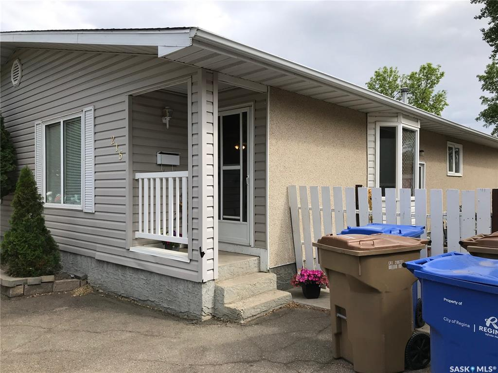 Real Estate Listing MLS SK776863