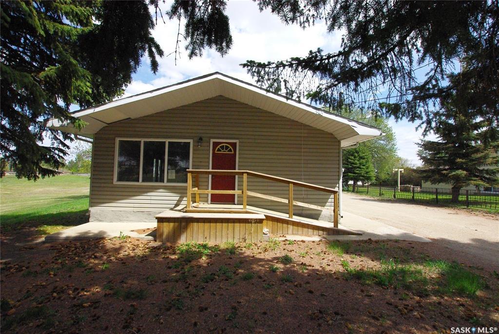 Real Estate Listing MLS SK777411