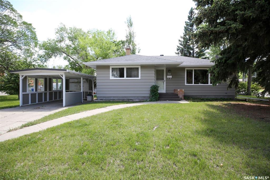Real Estate Listing MLS SK777676