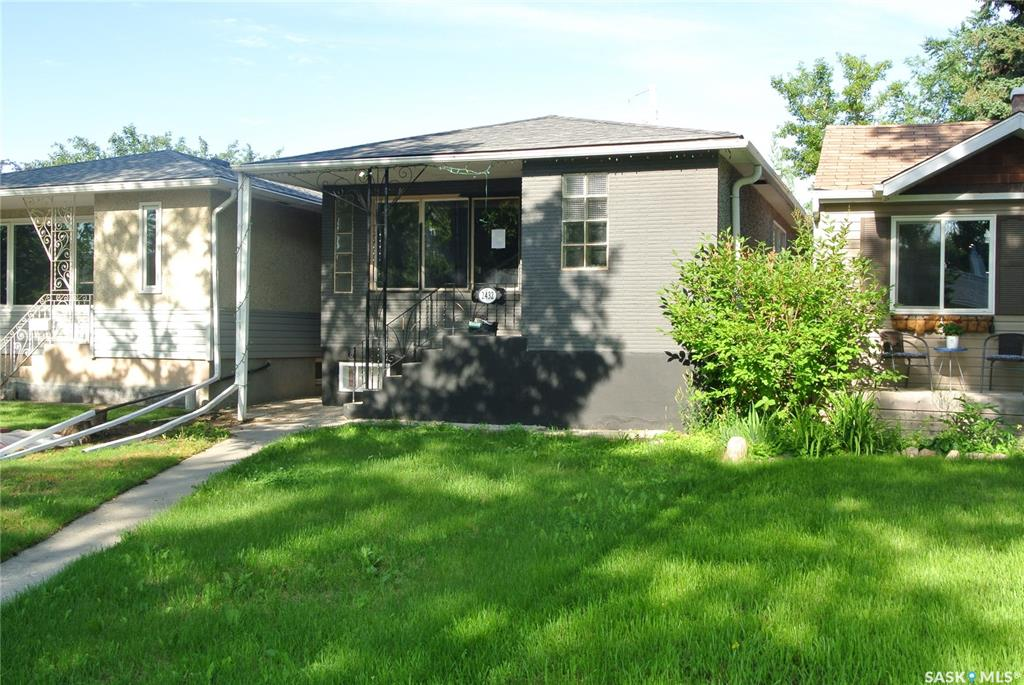 Real Estate Listing MLS SK779019