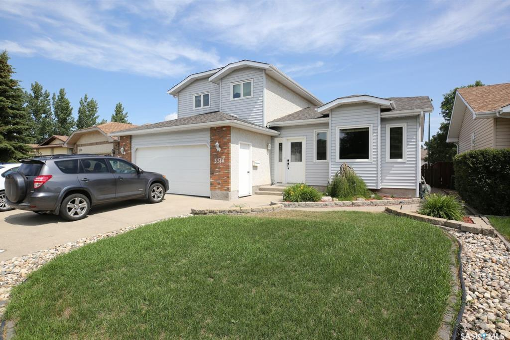 Real Estate Listing MLS SK779572