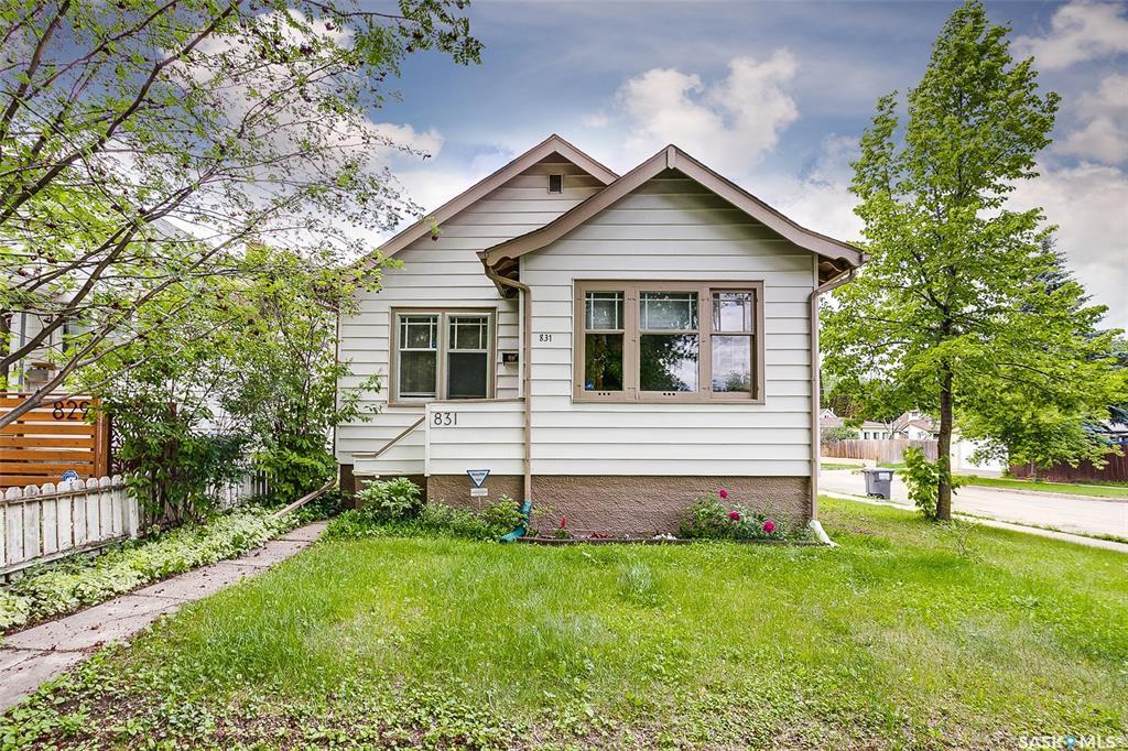 Real Estate Listing MLS SK780161
