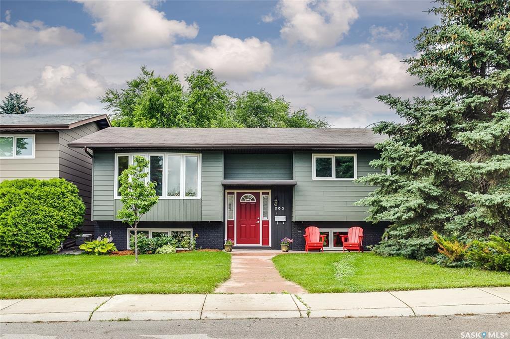 Real Estate Listing MLS SK781210