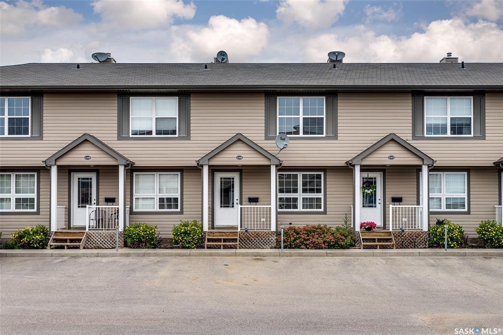 Real Estate Listing MLS SK781234
