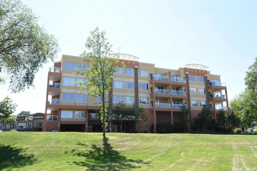 Real Estate Listing MLS SK781698