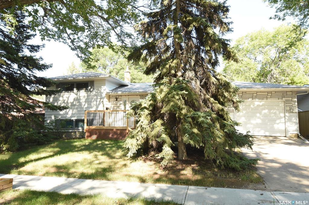 Real Estate Listing MLS SK782534