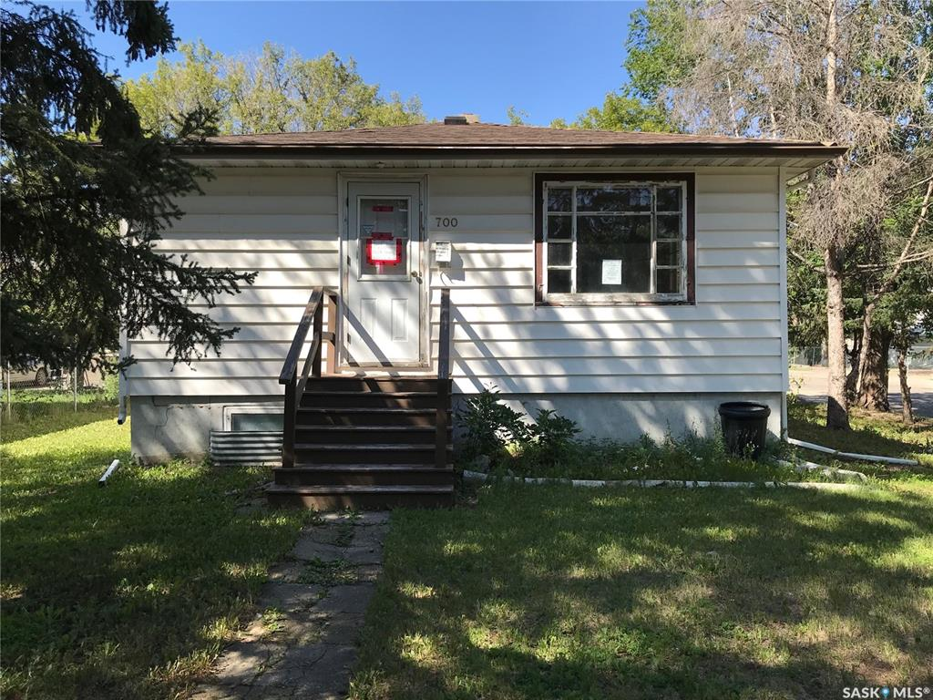 Real Estate Listing MLS SK783944