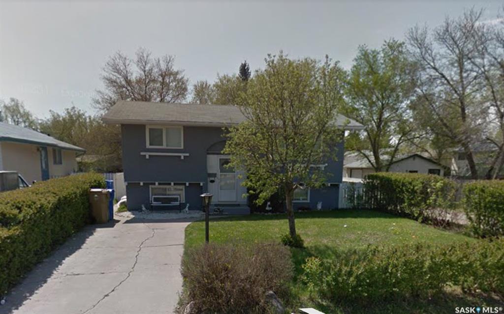 Real Estate Listing MLS SK784051