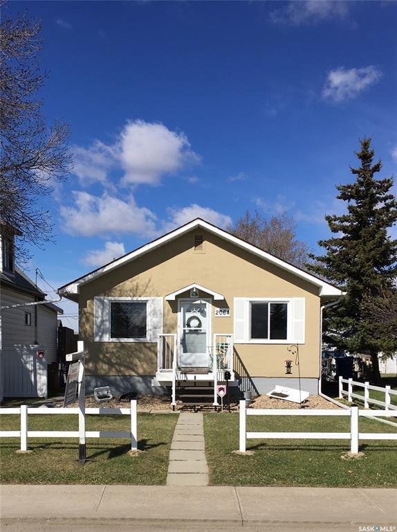 Real Estate Listing MLS SK787332