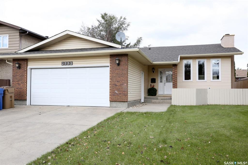 Real Estate Listing MLS SK788850