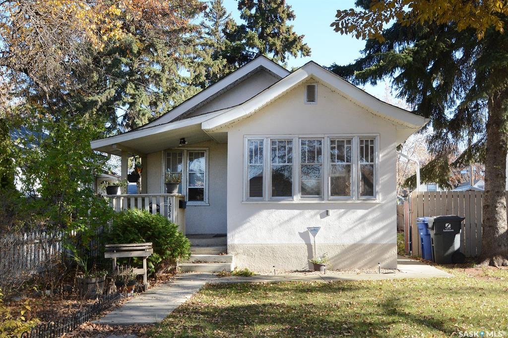 Real Estate Listing MLS SK789618