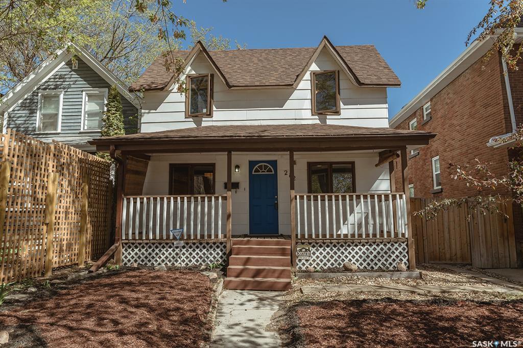 Real Estate Listing MLS SK789648
