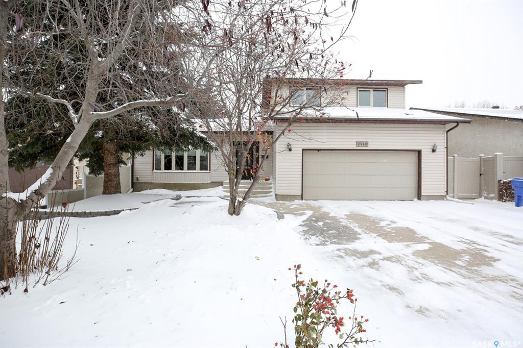 Real Estate Listing MLS SK790407
