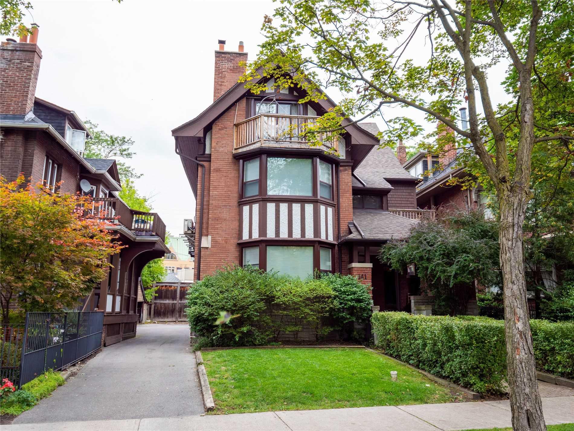 3 Storey Multi-Family Residential Building for Sale, MLS® # C4582423