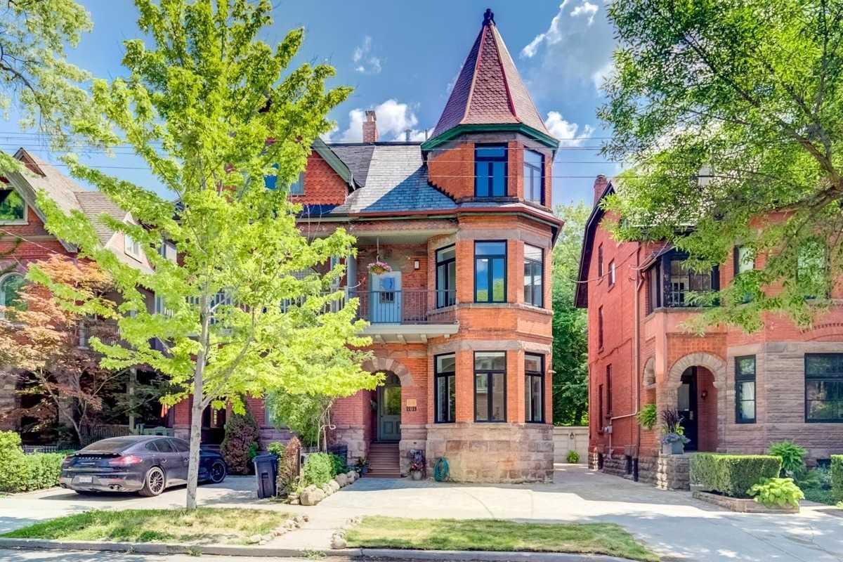 Real Estate Listing MLS C4647953