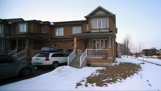 Real Estate Listing MLS N4367437