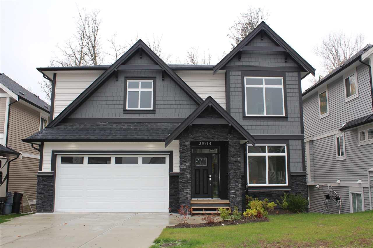 Real Estate Listing MLS R2318296