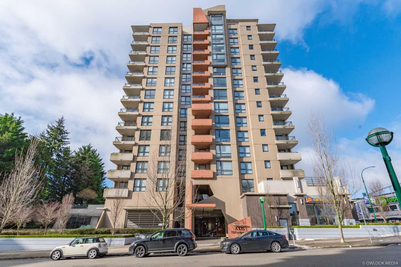 SOLD:  Condominium, MLS® # R2349069