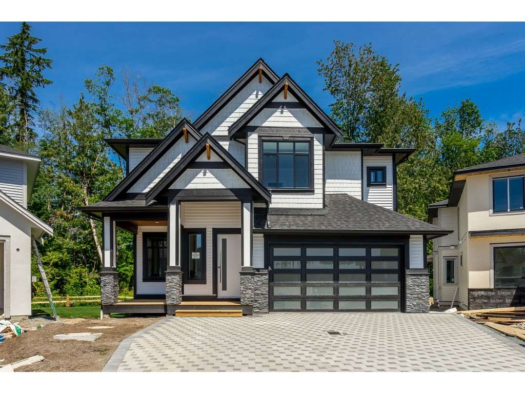 Real Estate Listing MLS R2373076