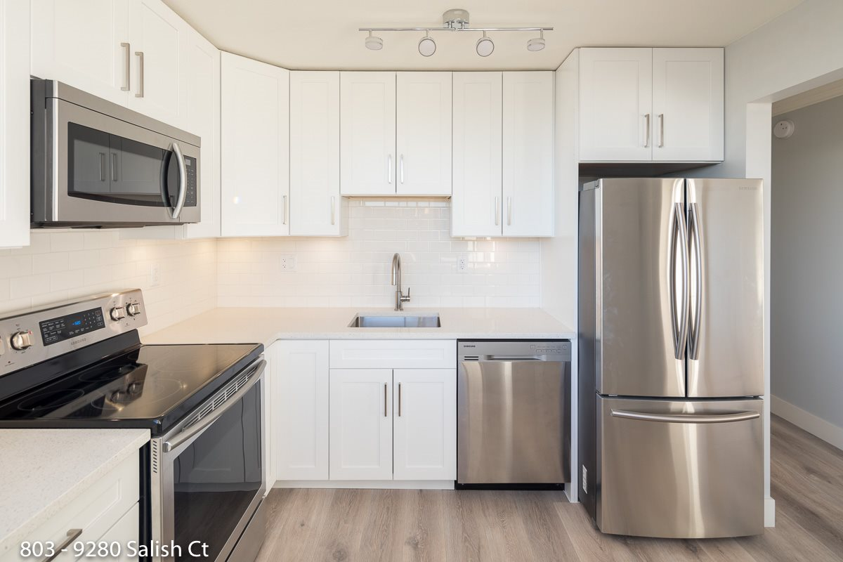 Real Estate Listing MLS R2374022
