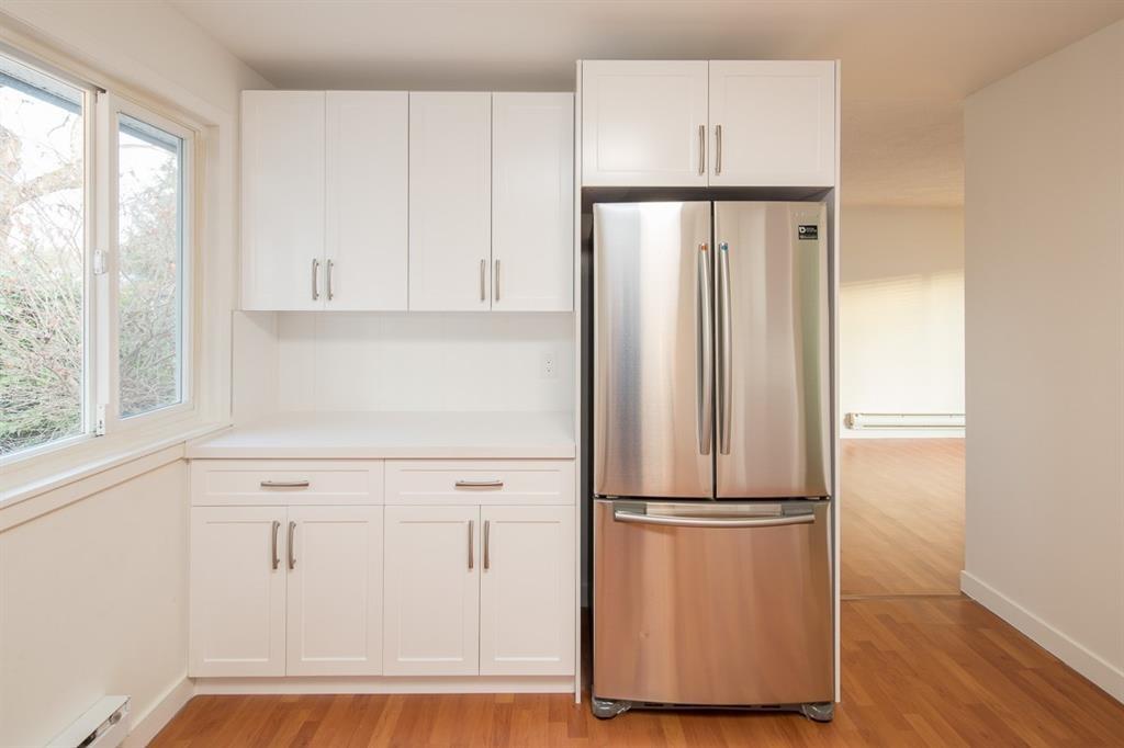 Real Estate Listing MLS R2378489