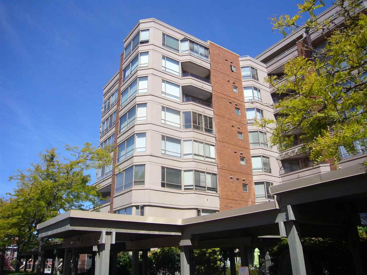 Real Estate Listing MLS R2380558