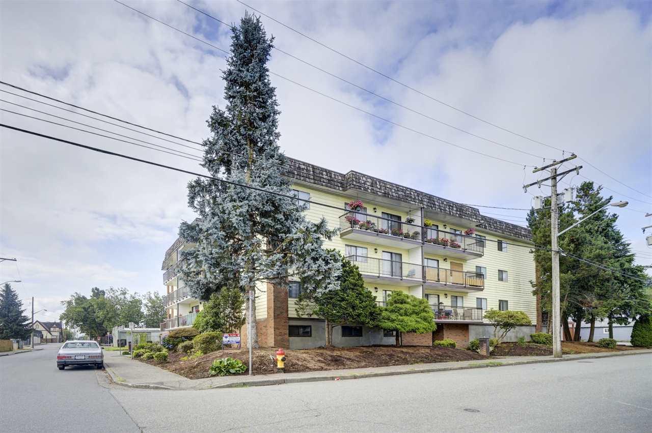 Real Estate Listing MLS R2387532