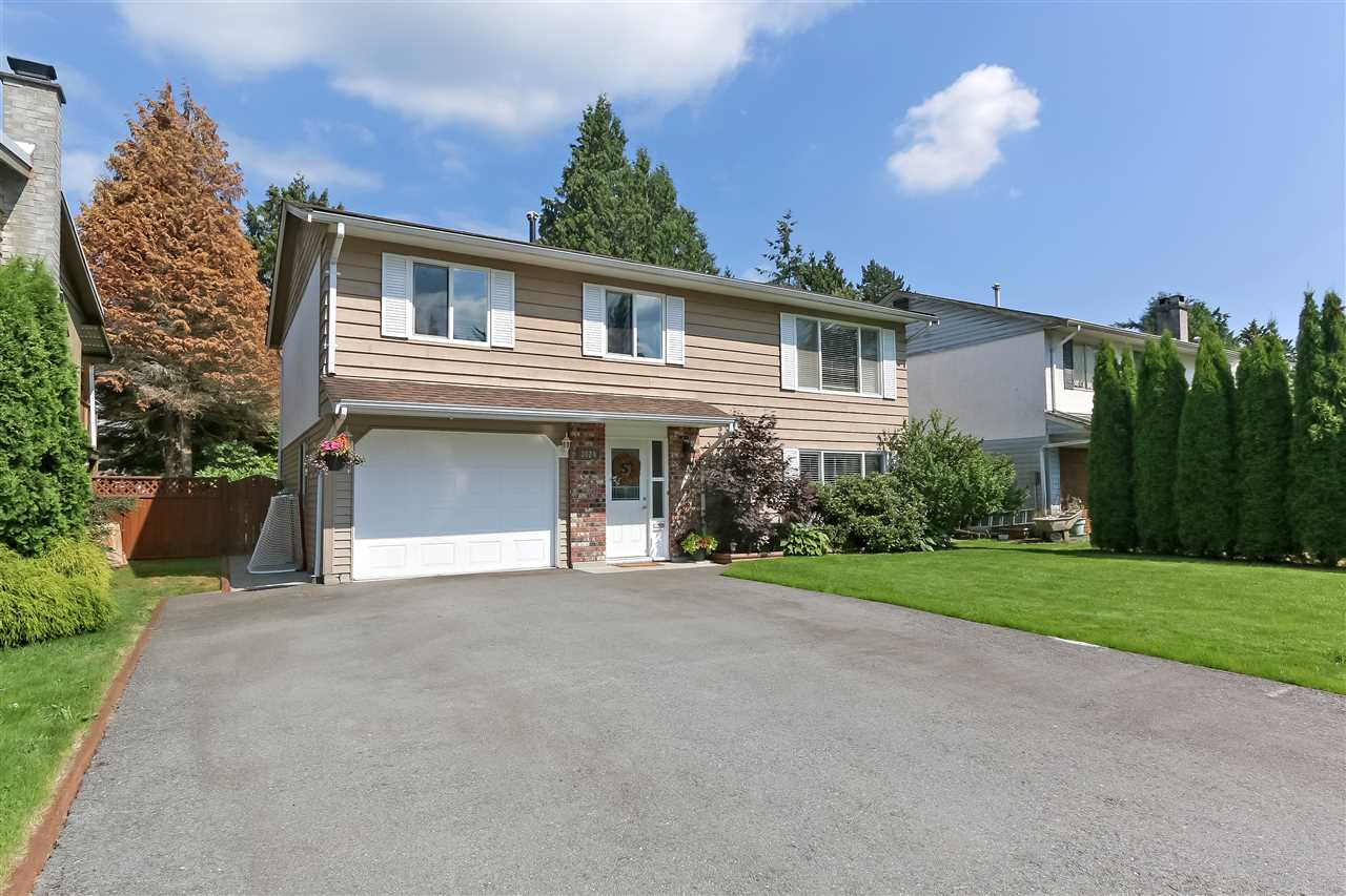 Real Estate Listing MLS R2387777